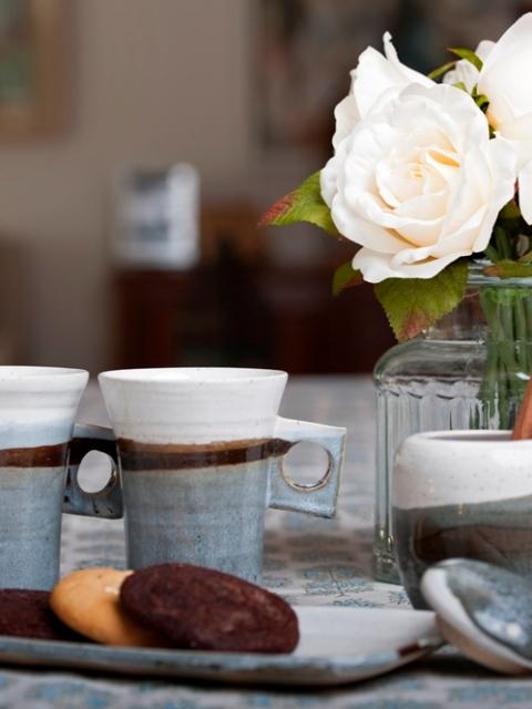 Cups and Mugs,