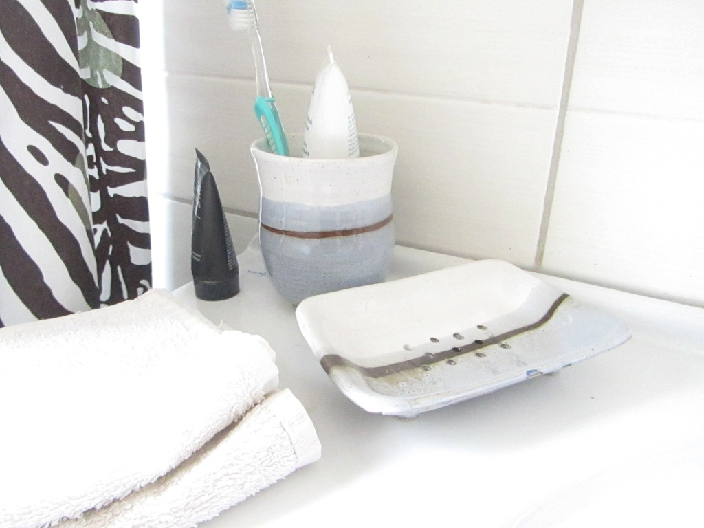 Soap Dish, Toothbrush Cup