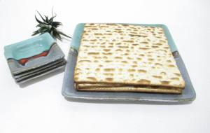 Matzo Plate, Matzah Plate,